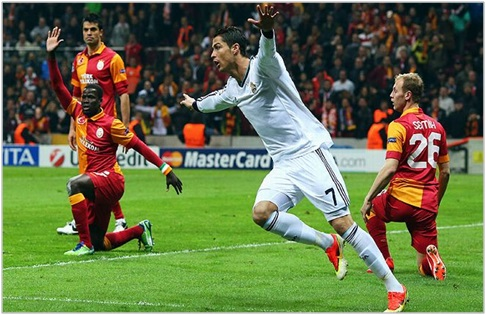 Resultado Final - Galatasaray 3 Real Madrid 2 - UEFA ...