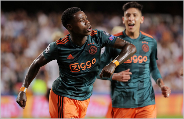 valencia ajax 2019 champions league